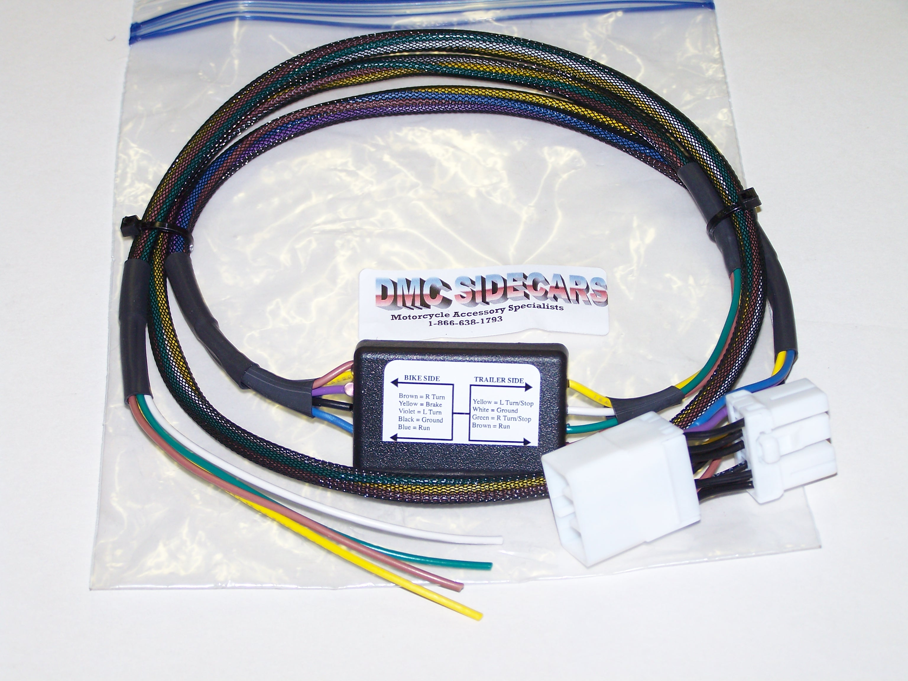 Harley-Davidson Trike 5 to 4 Wire Convertor This basic wiring harness  automatically converts from a 5 wire system to a 4 wire system, saving the  headaches ...