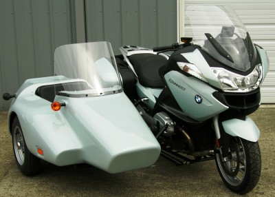 Kenna sidecar with a BMW R1200RT with color matched paint