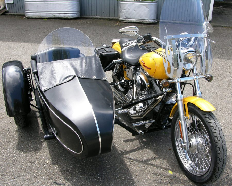 Classic Sidecar with Windshield and Trim